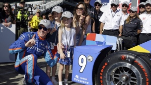 Dixon se mérite la pole du Indy-500; Alonso 5e
