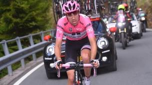 Dumoulin répond à l'appel de la nature au Giro