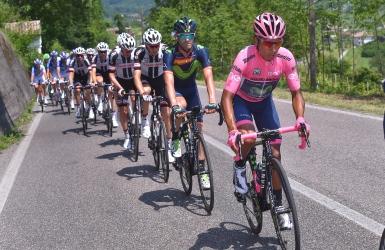 Quintana en rose; Dumoulin à ses trousses
