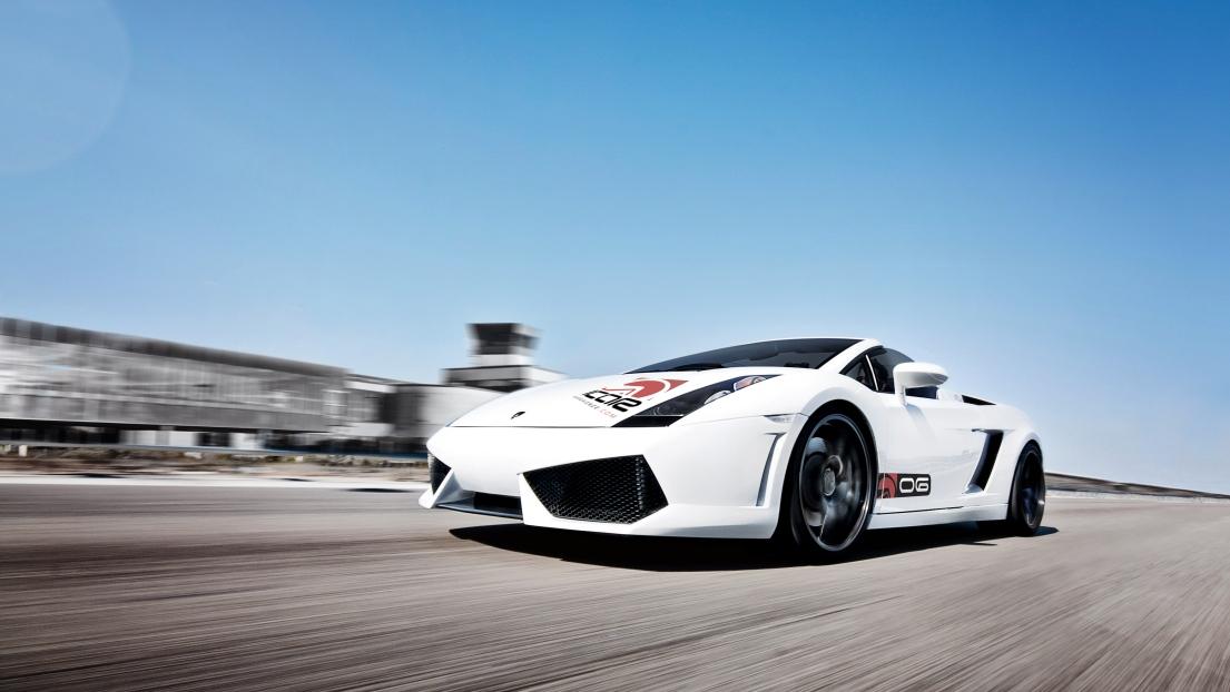 Expérience en pilotage en supercars