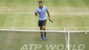 Federer élimine Zverev au tournoi de Halle