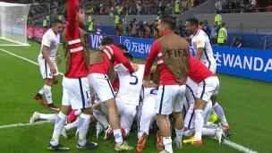 Claudio Bravo donne la victoire au Chili!