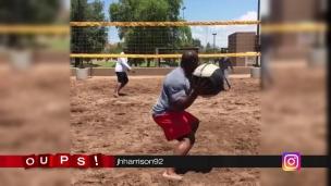 Oups! Du volleyball pour les musclés