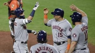 Astros 8 - Orioles 4