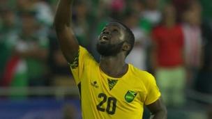 Lawrence envoie la Jamaïque en finale