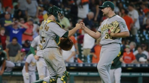Athletics 3 - Astros 2