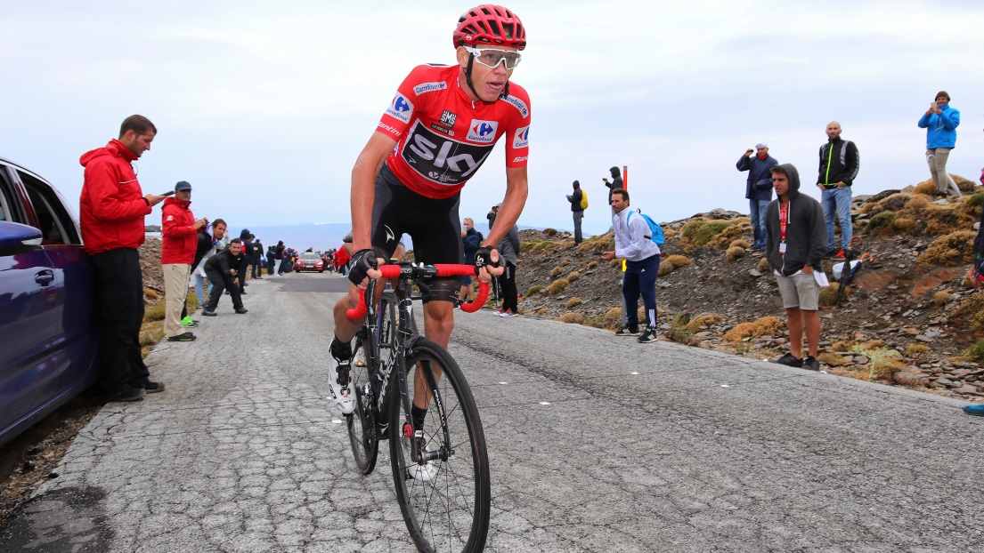 Vuelta: Froome tombe deux fois mais sauve son maillot rouge