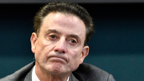 Rick Pitino nommé à la barre de Lona