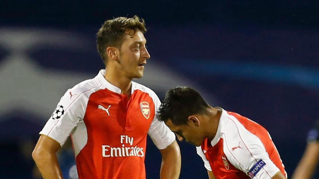 Mesut Ozil et Alexis Sanchez