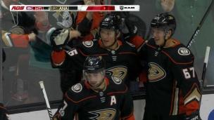 Montour redonne 2 buts d'avance aux Ducks