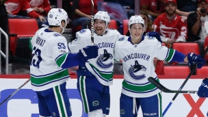Canucks 4 - Red Wings 1