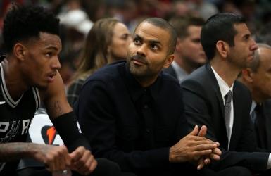 NBA: Tony Parker perd son statut de titulaire