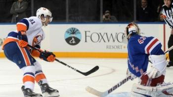 Islanders 4 - Rangers 3 (Fus.)