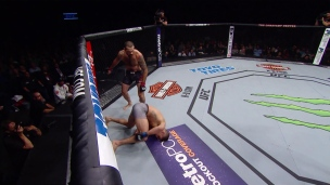 Un coup d'assommoir de Matt Brown