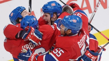En son et images : Hurricanes - Canadiens