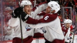 Nathan MacKinnon et Erik Johnson