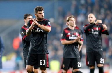 Europa League : Milan défait mais qualifié