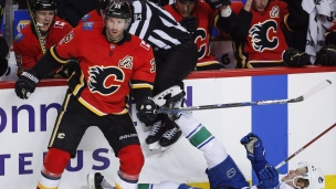Canucks 2 - Flames 4