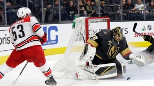 Hurricanes 3 - Golden Knights 2 (Tirs de barrage)