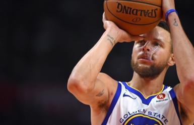 Stephen Curry de retour au jeu vendredi?