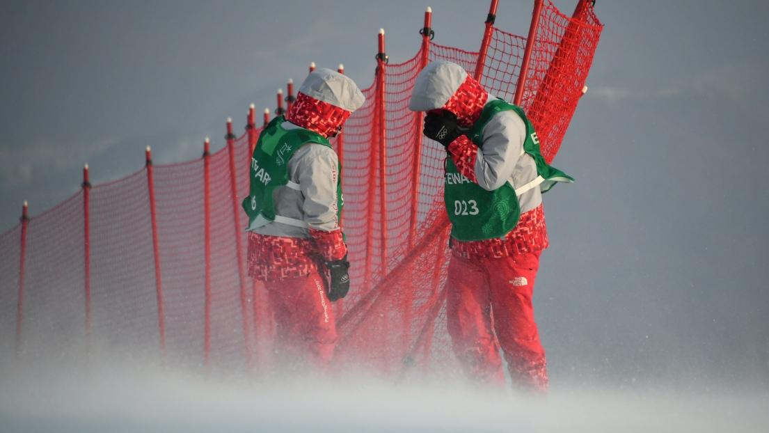 Des bénévoles au centre alpin de Jeongseon