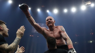 Un dernier round explosif entre Groves et Eubank fils!
