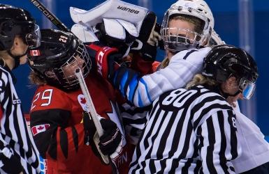 Place à l'éternelle rivalité en hockey féminin