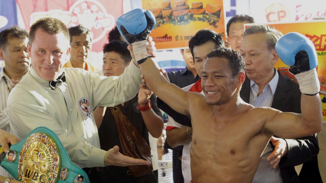 Thammanoon « Knockout CP Freshmart » Niyomtrong