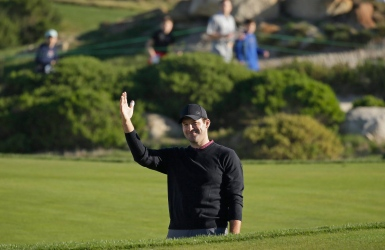 Tony Romo joue 77 à ses débuts dans la PGA
