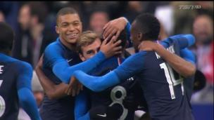 Bel effort d'équipe de la France