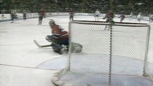 Coupe Stanley 1993 : revivez le 2e match de la série face aux Nordiques
