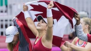 Dabrowski et Andreescu donnent la victoire au Canada