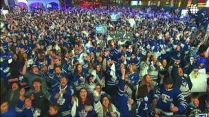 Marner fait lever la foule à Toronto!