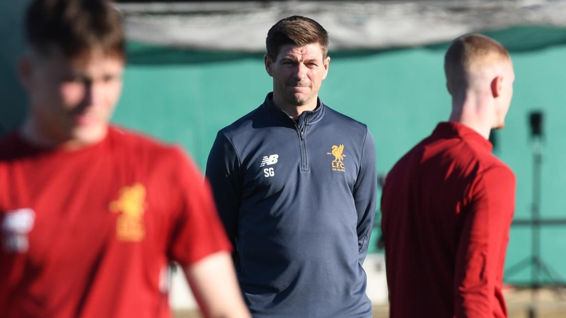 Ex-Liverpool : Steven Gerrard sur le banc des Glascow Rangers
