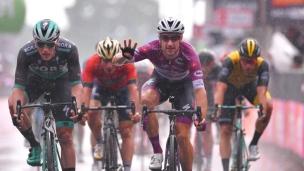 Un 4e triomphe pour Elia Viviani au Giro