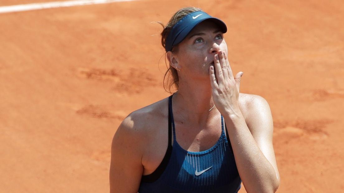 Roland-Garros: Serena Williams déclare forfait avant le match contre Sharapova