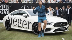 Federer défait Raonic en finale