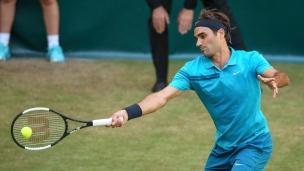 Federer s'impose contre Paire