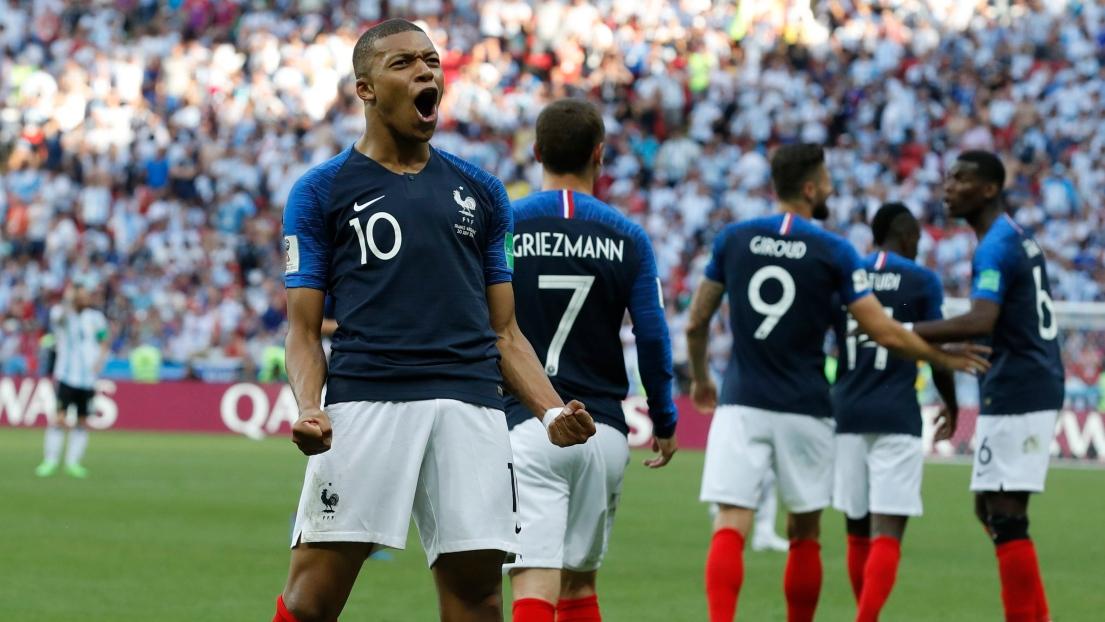 Equipe de France : Mbappé et ses chances pour le Ballon d'Or