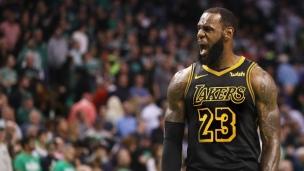 LeBron James signe avec les Lakers