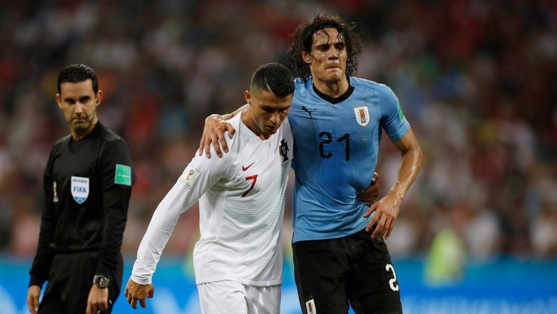 Cavani pas heureux au PSG selon son père
