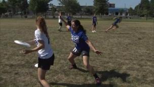 Découvrez la crème de l'Ultimate Frisbee!