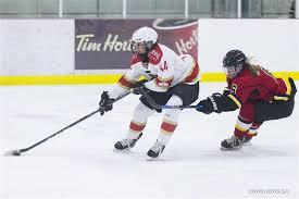 Zoe Hickel s'avère une belle acquisition pour Calgary. L'attaquante originaire de l'Alaska a connu une excellente saison recrue avec le RedStar.