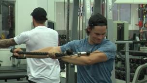 Qui aide la préparation physique des joueurs de la LNH?