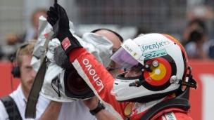 Vettel en tête à la maison
