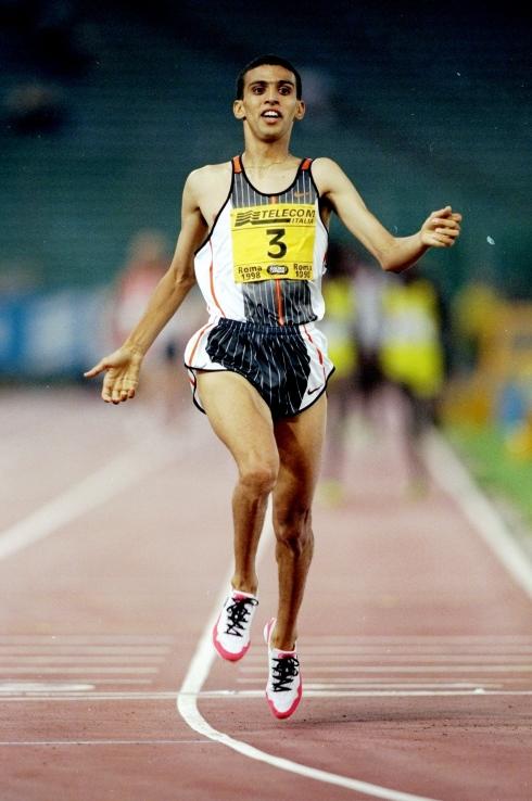 Hicham El Guerrouj durant sa course record de 1998