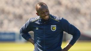 Usain Bolt participe à un premier entraînement