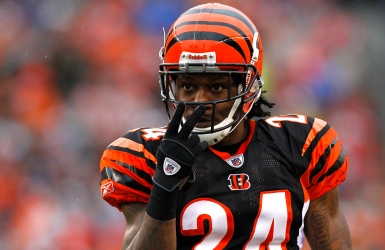 Bengals : Adam Jones suspendu un match