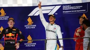 Hamilton s'impose à Singapour, Vettel 3e