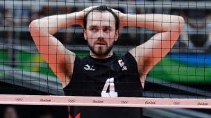 Volleyball : le Canada avance malgré la défaite